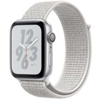 Умные часы Apple Watch Nike+ Series 5 44 мм, корпус из серебристого алюминия, спортивный ремешок Nike цвета «снежная вершина»