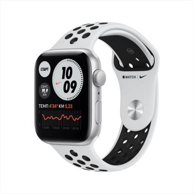 Apple Watch Nike SE, 40 мм, корпус из алюминия серебристого цвета, спортивный ремешок Nike цвета «чистая платина/чёрный»